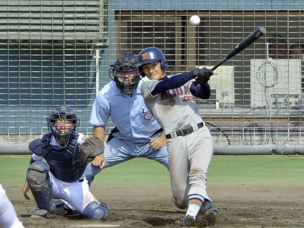 【工大一―五所商】5回工大一2死二、三塁、円子湧士が左前に2点適時打を放ち、5―0とリードを広げる