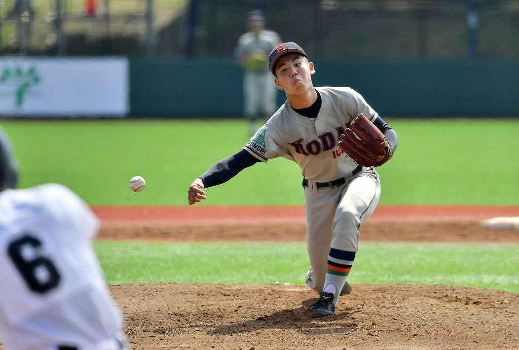 【弘前―工大一】1失点で完投した工大一の和田楓雅投手=はるか夢